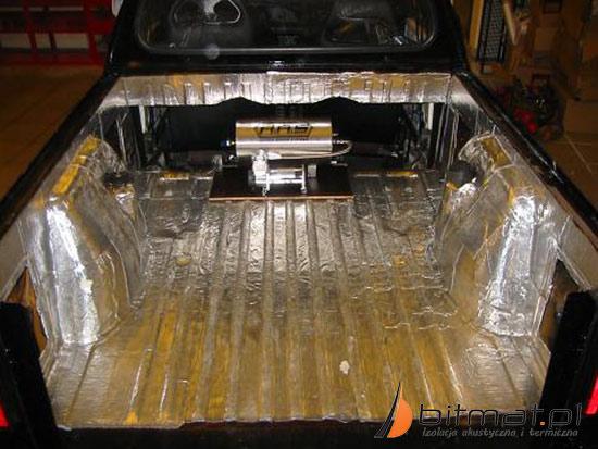 Wygłuszenie samochodu matami butylowymi